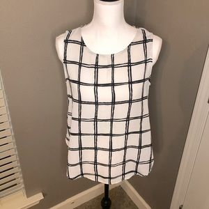 Forever 21 black and white camisole